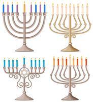 Happy Hanukkah con diversi modelli di candelabri