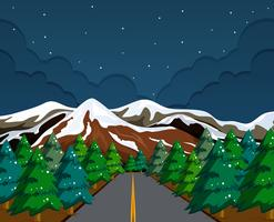 Paesaggio di montagna di neve di notte