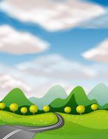 Scena con strada vuota in campagna