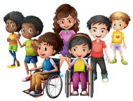 Bambini felici in piedi e su sedia a rotelle