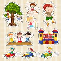 Set di adesivi per bambini che giocano vettore