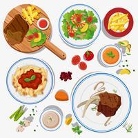 Diversi tipi di cibo sui piatti