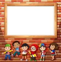 Progettazione del confine con molti bambini