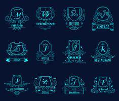 Set di scudi monogrammi vettore
