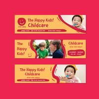 modello di progettazione di banner scuola materna asilo nido in stile divertente di doodle cartoon bambini vettore