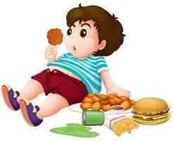 Ragazzo grasso che mangia cibo spazzatura