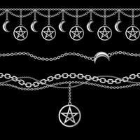 Set collezione di bordi catena argento metallizzato con pendente pentagramma e luna. Sul nero Illustrazione vettoriale