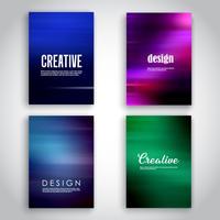 Modelli di brochure con disegni sfocati
