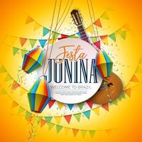 Illustrazione di Festa Junina con la chitarra acustica, le bandiere del partito e la lanterna di carta su fondo giallo. Tipografia su tavolo in legno d'epoca. Vector tradizionale Brasile giugno Festival Design