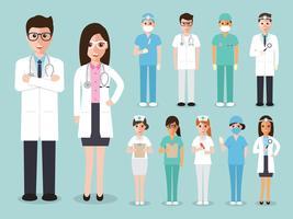 Gruppo di medici, infermieri e personale medico.