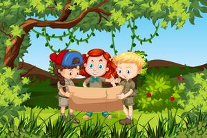 Bambini che tengono una scena della foresta della mappa vettore