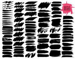 Grande set di pennellate, pennellate di inchiostro nero grunge. Illustrazione vettoriale