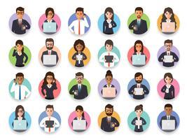 Collegamento di uomo d'affari e imprenditrice tramite social network