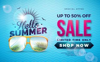 Progettazione di saldi estivi con la lettera di tipografia e foglie di palma esotiche in occhiali da sole su priorità bassa blu. Illustrazione di offerta speciale di vettore tropicale