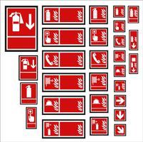 set di segno obbligatorio, segnale di pericolo, segno proibito, segni di sicurezza e salute sul lavoro, cartello di avvertimento, segno di emergenza antincendio. per adesivi, poster e altri materiali di stampa. facile da modificare. vettore. vettore