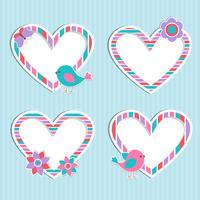 Set di cornici-cuori carino vettoriale con uccello, fiore e farfalla