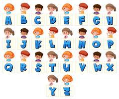 Set di bambini che tengono le lettere vettore