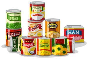 Diversi tipi di cibo in scatola