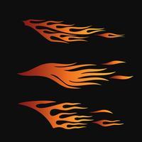 fiamme del fuoco in stile tribale per il design di tatuaggi, veicoli e t-shirt. Set di raccolta di grafica per veicoli, strisce e vinile vettore