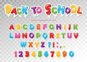 Di nuovo a scuola. Carattere di ritaglio di carta palloncino per bambini. Divertenti lettere e numeri ABC. Per la festa di compleanno, baby shower. vettore