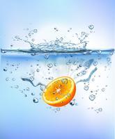 frutta fresca che spruzza in acqua blu chiaro spruzzi sano cibo dieta freschezza concetto isolato sfondo bianco. Illustrazione vettoriale realistico.