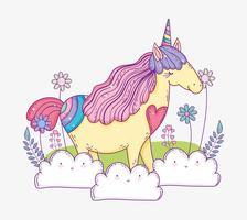 animale unicorno tra le nuvole con fiori e foglie