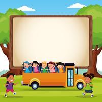 Torna a scuola cartoni animati per bambini vettore