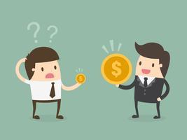 Due uomini con stipendi diversi