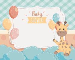Scheda dell'acquazzone di bambino con giraffa e palloncini vettore