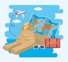 Sfinge egizia con mappa globale e valigia
