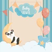 Scheda dell'acquazzone di bambino con il panda sulla luna vettore