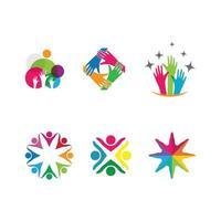 mani collegate e persone insieme lavoro di squadra logo logo vettore