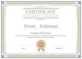 modello di certificato cornice ornamentale oro e grigio vettore
